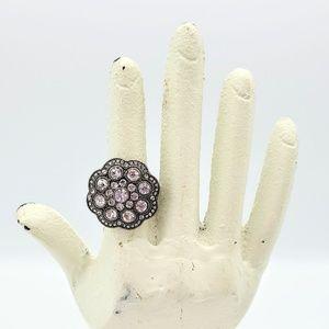 Vintage-inspired ring - sz 6